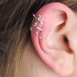 How to fake wear ear cuffs