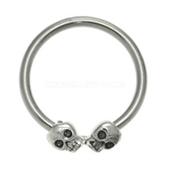 Skulls Ball Closure Ring